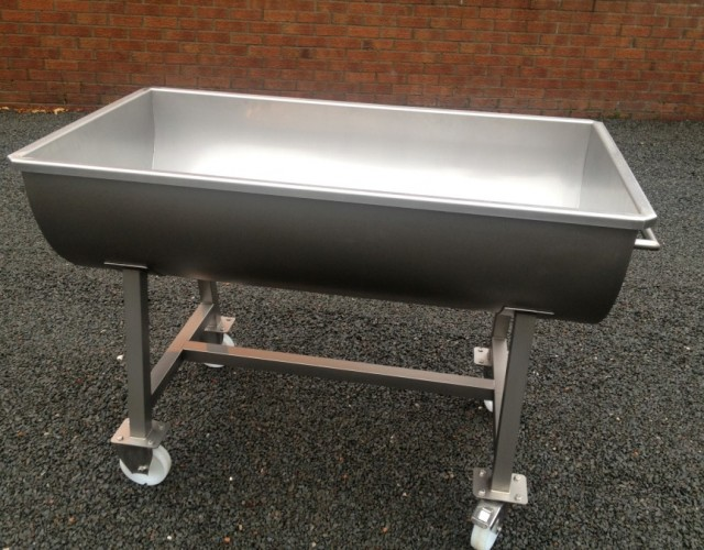 Agritec stainless steel 200 litre mobile trough for Food bar manufacturers uk